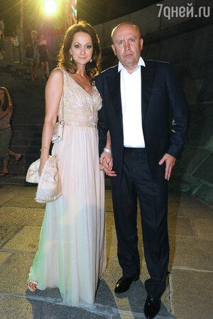 Ольга Кабо с мужем  на вечеринке в честь открытия 33-го ММКФ. 2011 год