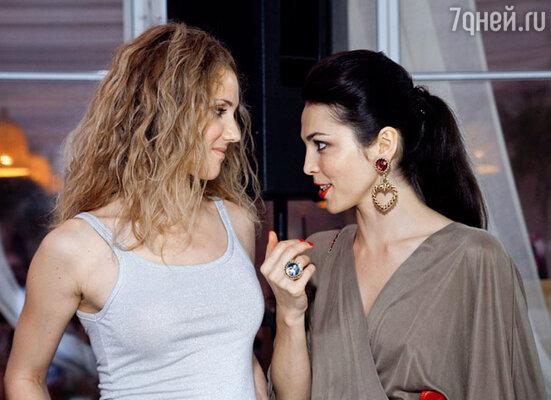 Сати Казанова и Ирина Тонева