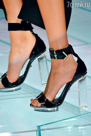 ...делают прозрачные каблуки и подошвы