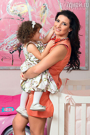 Жасмин и дочкой Маргаритой