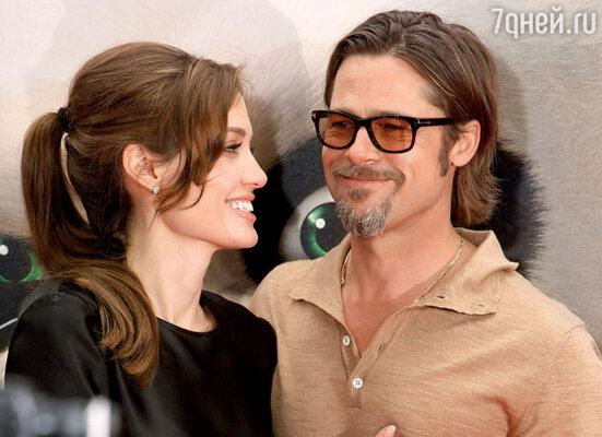 Брэд Питт уехал из Канна, не дождавшись окончания фестиваля, чтобы сопровождать Анджелину на премьере «Кунг-фу Панды-2» в Лос-Анджелесе 22 мая