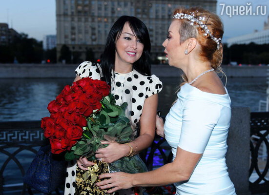 Лена Ленская и Лада Дэнс