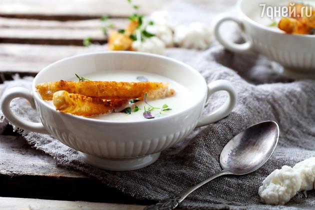Холодный суп-пюре из цветной капусты: рецепт от шеф-повара Мишеля Ломбарди