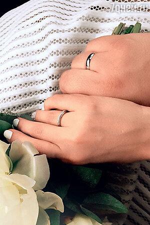 Свадебные кольца молодоженов Ксении Новиковой и Алексея.