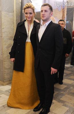 Надежда Михалкова с супругом режиссером Резо Гигинеишвили