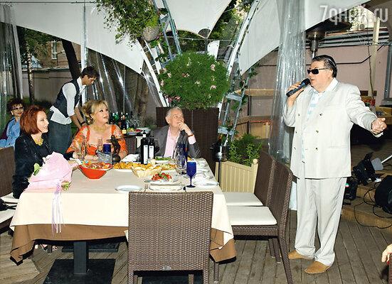Наталья Селезнева, ее муж Владимир Андреев, Анастасия Вертинская и Александр Ширвиндт