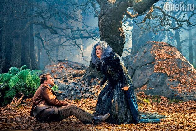 Мэрил Стрип и Джеймс Корден  в фильме «Чем дальше в лес...»