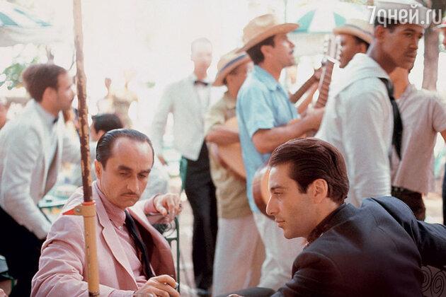 жон Казале и Аль Пачино в фильме «Крестный отец-2». 1974 г.