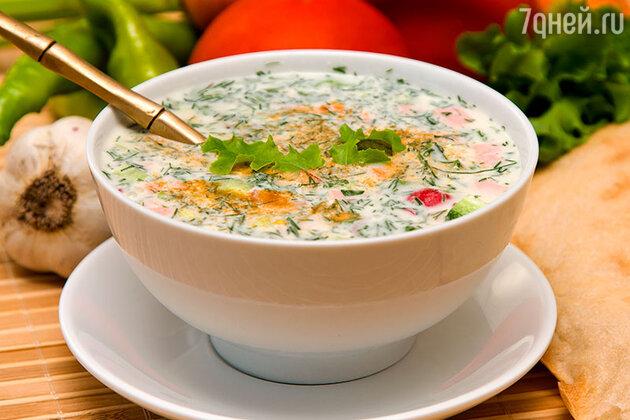 Кефирный суп с авокадо и томатами