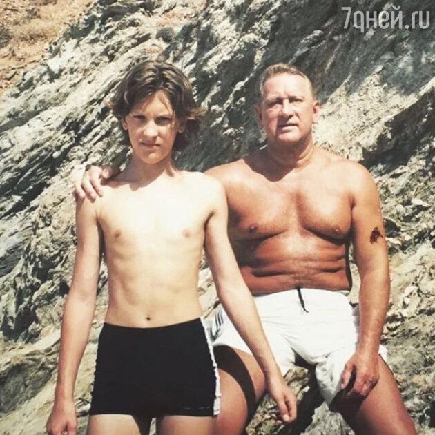 Александр Тарасов с отцом