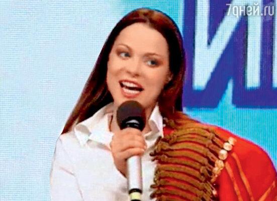 Наталья Громушкина играла в КВН два сезона, но многим запомнилась. 1996 г.