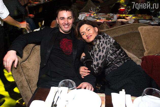 Кирилл Андреев с супругой