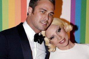 Леди Гага рассталась со своим женихом