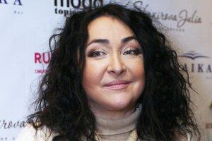 Лолита Милявская показала «новое лицо» после пластической операции