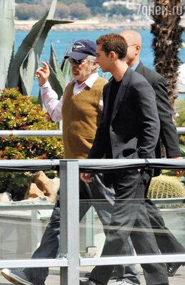 Со Стивеном Спилбергом на премьере фильма «Индиана Джонс и Королевство хрустального черепа».