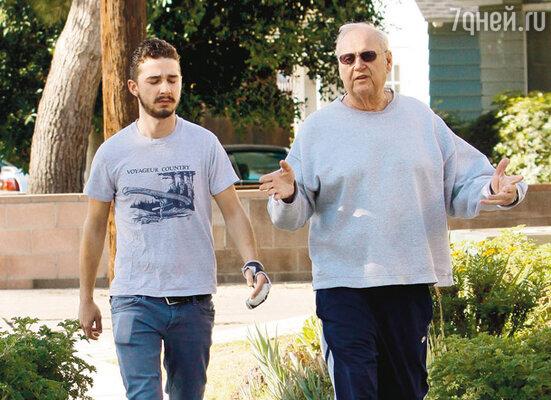 ...и с отцом Джеффри Ла Бафом. Январь 2009 г.