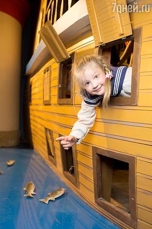Дети, пришедшие на торжественное открытие, попробовали себя в разных профессиях