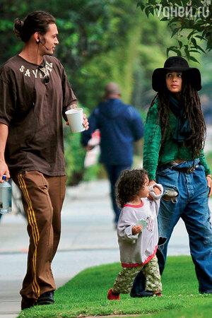 Джейсон Момоа и Лиза Боне с дочерью