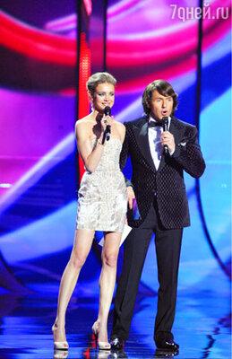Ведущие конкурса Наталья Водянова и Андрей Малахов