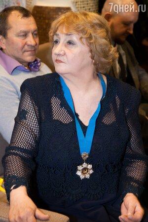 Елена Суржикова