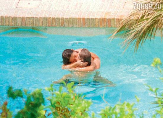 Бурный роман Кэтрин и Майкла начался на острове Майорка. 1999 г.