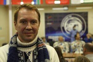 Евгений Миронов проводил на орбиту друзей-космонавтов