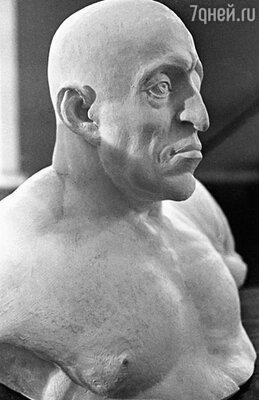 Так царь выглядел на самом деле (облик Ивана Грозного воссоздан знаменитым антропологом Герасимовым, исследовавшим его череп)