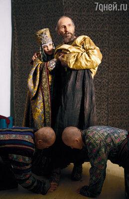 В фильме показана вторая его жена Мария Темрюковна (в ее роли — Рамиля Искандер), славившаяся бешеной злобой