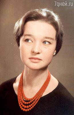 «В молодости Люся была очень похожа нааргентинскую звезду Лолиту Торрес». 1960 г.
