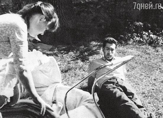 Людмила Гурченко и Борис Андроникашвили с дочерью Машей. 1959 г.