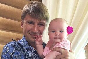Алексей Ягудин привез младшую дочь в Сочи