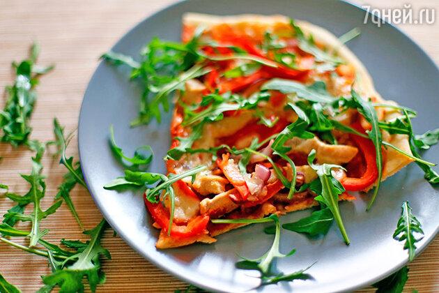 Пицца с курицей и моцареллой: пошаговый фоторецепт