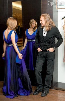 На Юлии платье Tony Ward