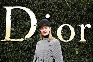 Образ дня: Наталья Водянова в Christian Dior