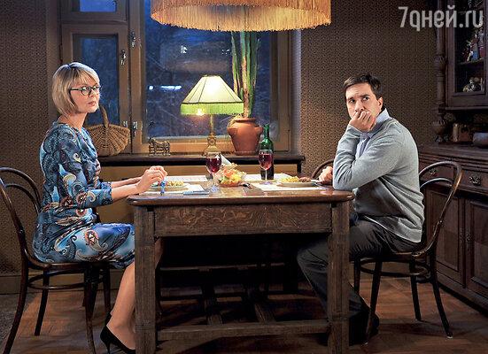 Герои Юлии Меньшовой и Григория Антипенко окажутся в основании любовного треугольника