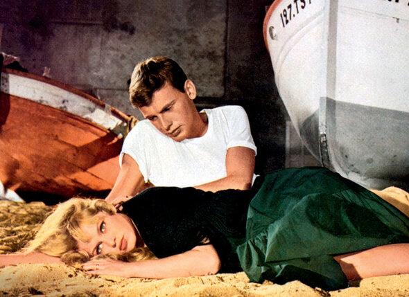 С Брижит Бардо в фильме «И Бог создал женщину». 1956 г.
