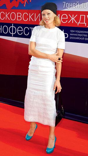 Алена Бабенко на открытии 34-го ММКФ. 2012 г.