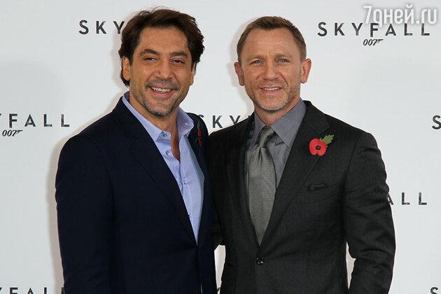 Хавьер Бардем (Javier Bardem) и Дэниел Крэйг (Daniel Craig) на премьере фильма «007. Координаты: Скайфолл»