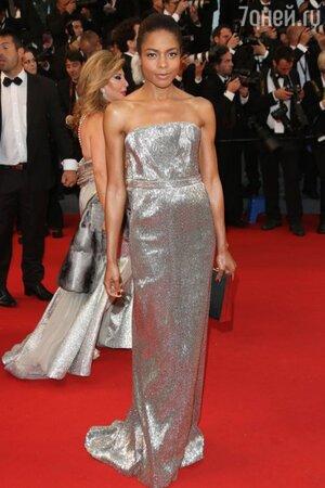 Наоми Харрис в платье от Calvin Klein на открытии Каннского кинофестиваля в 2013 году
