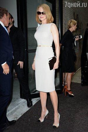 Николь Кидман в платье от Calvin Klein на показе весенне-летней коллекции-2014 модного дома Calvin Klein
