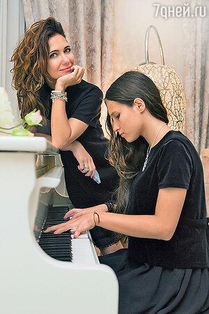 Екатерина Климова с дочерью