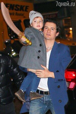 Миранда Керр и Орландо Блум с сыном Флинном