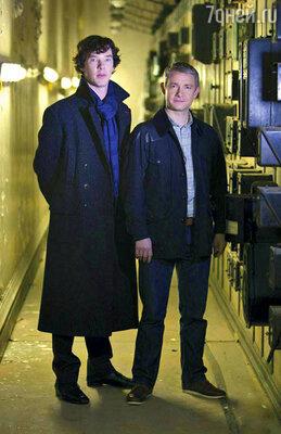 Бенедикт Камбербэтч и Мартин Фримен в ролях Шерлока Холмса и Джона Ватсона. Сериал «Шерлок»