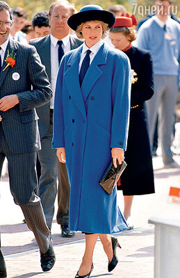Леди Диана в пальто oversize. 1988 г.