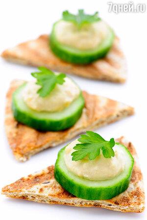 Хумус + овощи + пшеничные тосты или пита