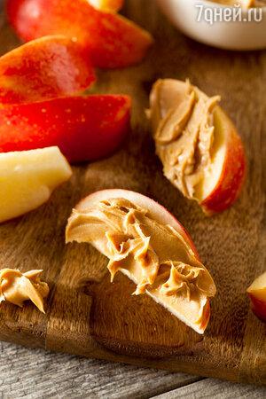 Яблоко + арахисовое масло
