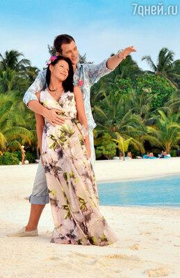 Екатерина Волкова с мужем Андреем на Мальдивах успели поругаться, обсудить развод и решиться на новую свадьбу. 2013 год