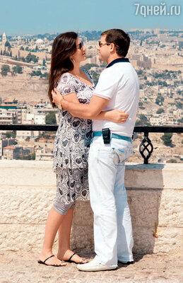 Жасмин и Илан Шор отправились в свадебное путешествие на родину предков — в Иерусалим. 2011 год