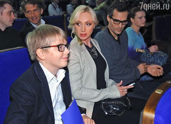 Кристина Орбакайте с мужем Михаилом Земцовым и сыном Дени