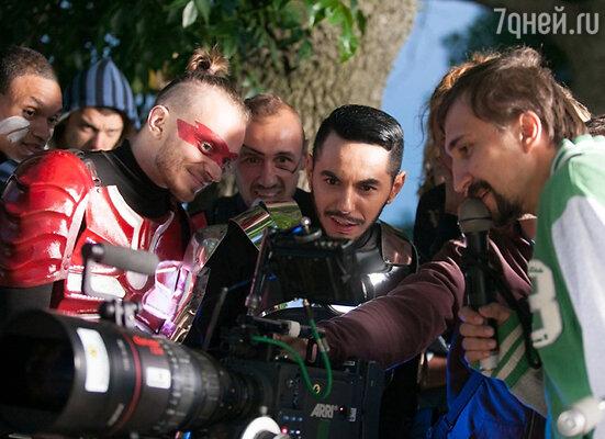 Съемки клипа на песню «Heroes»